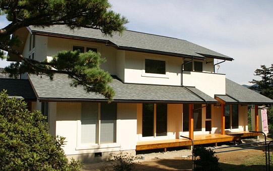 パッシブデザインで快適性と省エネ性を備えたヴァルトの家